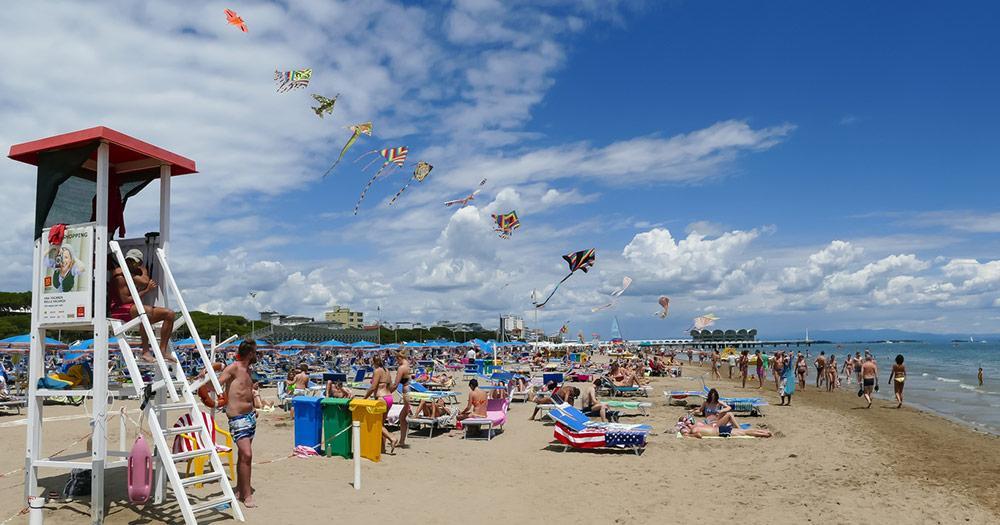 Lignano Sabbiadoro - gut besuchter Strand