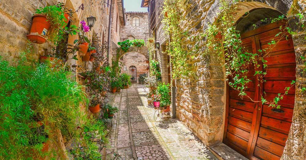Umbrien - malerische Gasse in Perugia