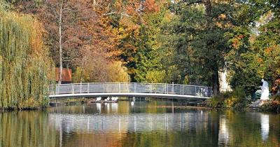 Maksimir-Park - Brücke über den See