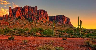 Phoenix - Sonnenuntergang in der Wüste