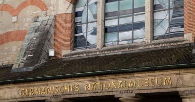 Germanisches Nationalmuseum - Eingangsschild