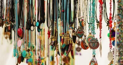 Punta Arabi - Hippiemarkt - Halsschmuck