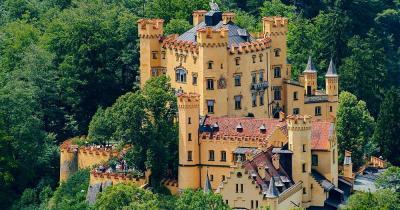 Schloss Hohenschwangau - Luftaufnahme