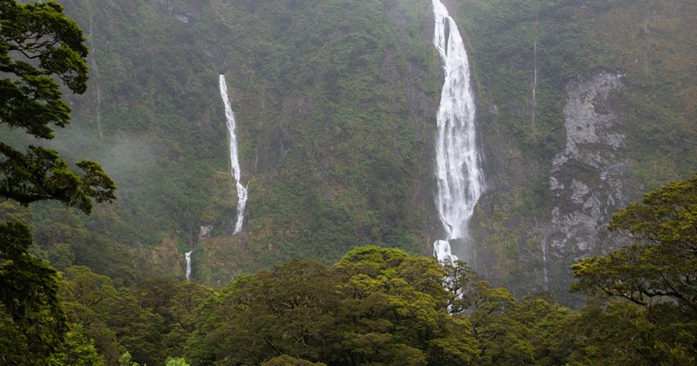 Fiordland-Nationalpark / Sutherland Falls