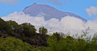 Ponta do Pico / Pico Mountain