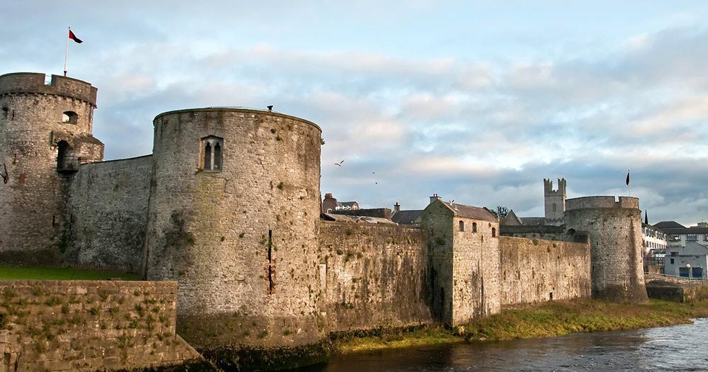 Limerick / Nahaufnahme von King John Castle