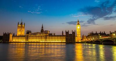 Westminster Palace / Westminster Palace bei Nacht