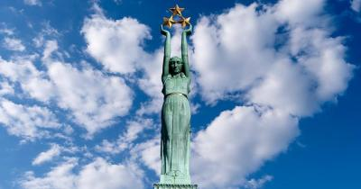 Milda / die Statue Milda