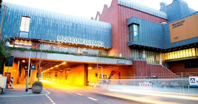 Museum Ludwig / Frontansicht des Museum Ludwig