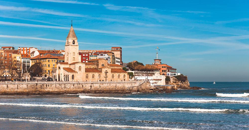Gijón / Gijón in Spanien