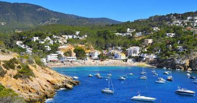 Ibiza - Blick vom Meer auf den Strand