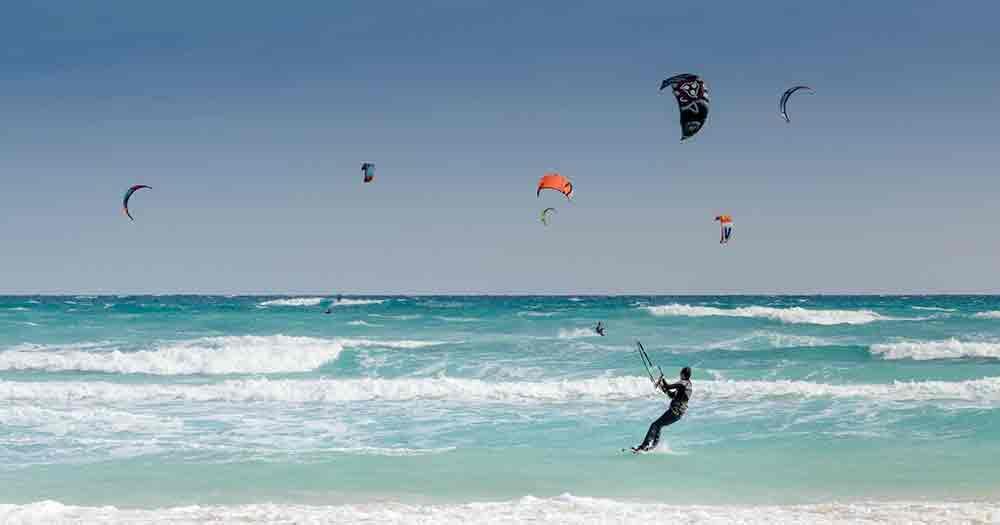 Fuerteventura - Das Mekka für Kitesurfer und andere Wassersportler.