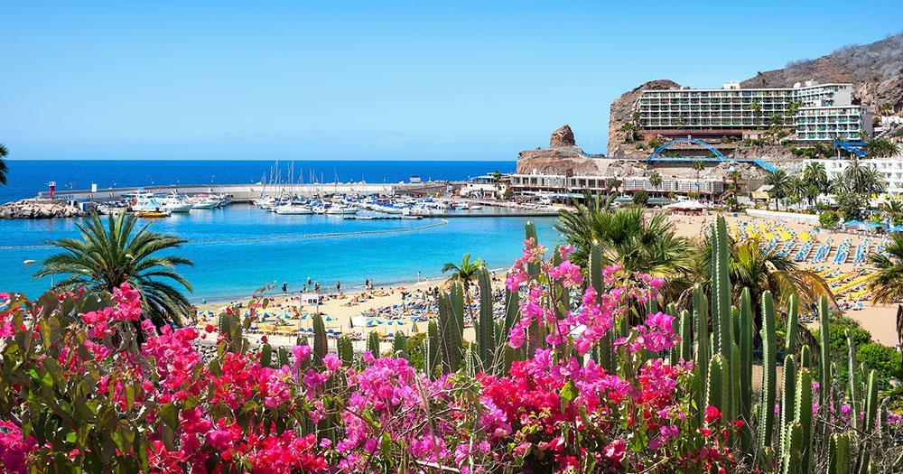 Gran Canaria - Blick auf Hotel am Meer