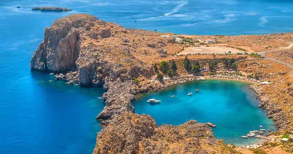 Rhodos - Blick auf eine Bucht in Herzform