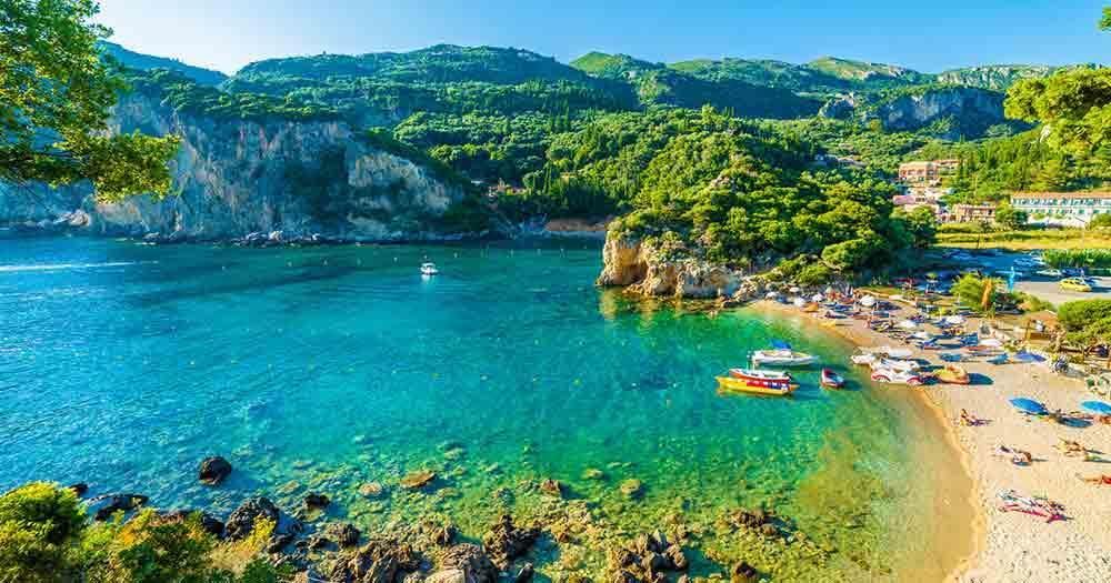 Korfu - Blick auf den Strand und das Meer