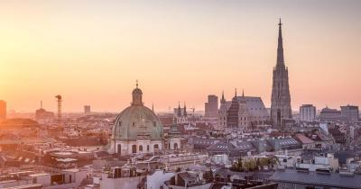 Wien - Skyline von Wien mit Stephansdom