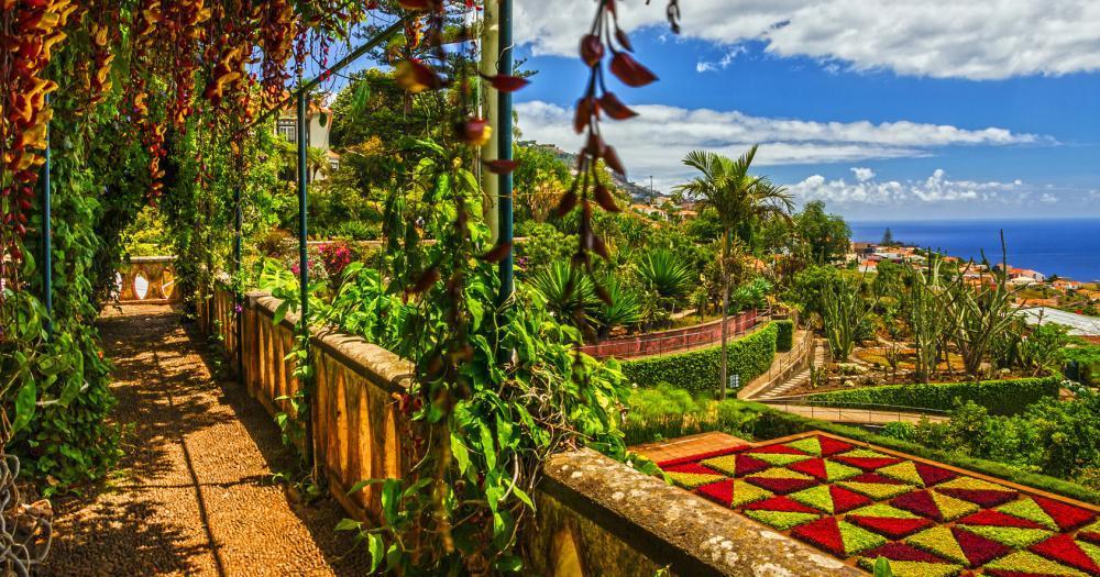 Madeira - Blick in den Monte Palace Tropical Garden in Funchal
