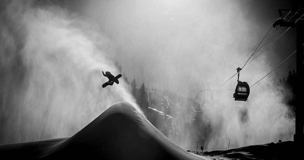 Aspen - Nächtliche Snowboardaction