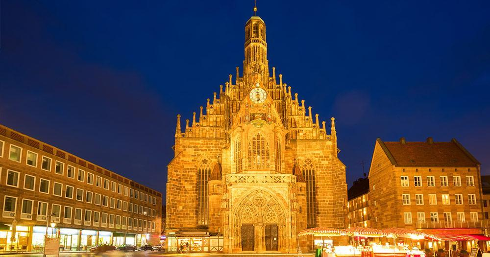 Nürnberg - Die Frauenkirche am Abend