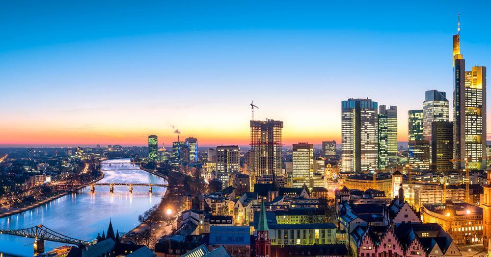 Frankfurt - City Skyline