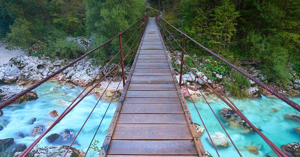Julische Alpen - Brücke über die Soca