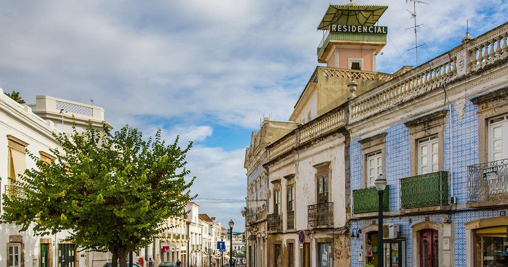 Faro - Straßen von Tavira