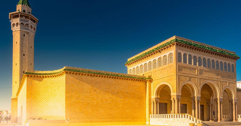 Tunesien -  Bourguiba Moschee in Monastir