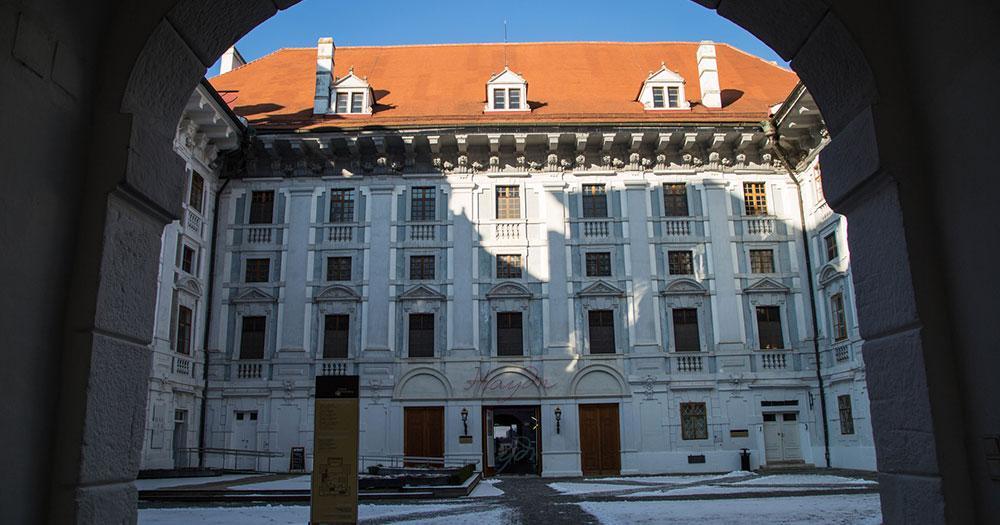 Eisenstadt - Schloss Innenhof
