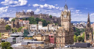 Edinburgh Castle - Panoramablick auf die Stadt