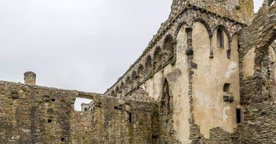 Kathedrale von St Davids - die Mauern
