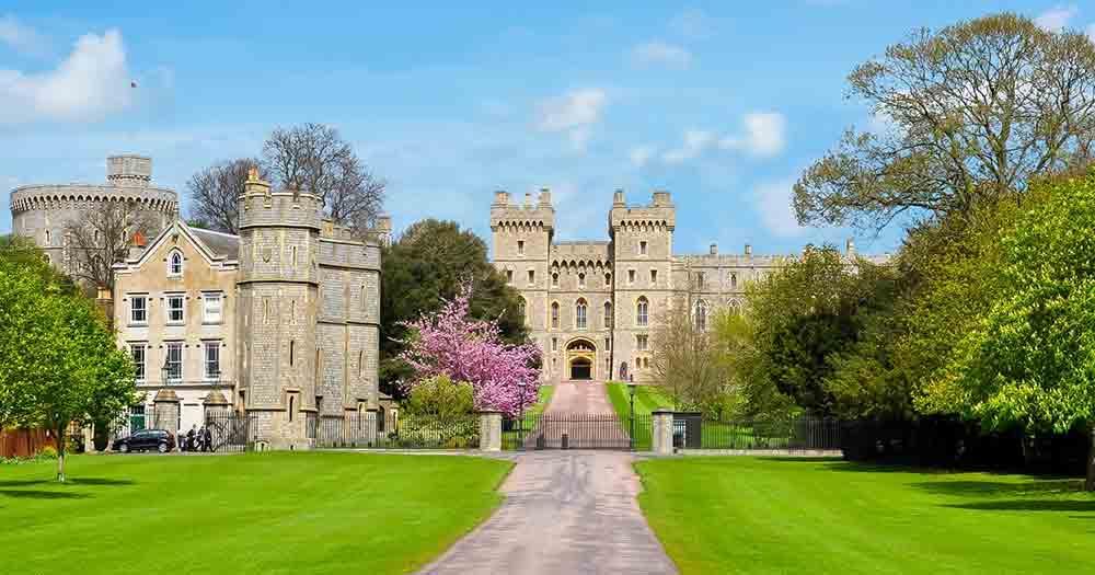 Windsor Castle - Frontansicht mit Tor
