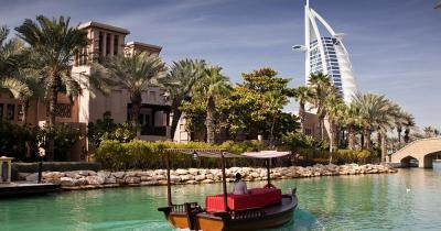 Madinat Jumeirah - Kanal mit Burj al arab