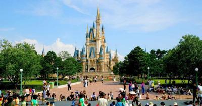 Disneyland - Blick auf das Schloss