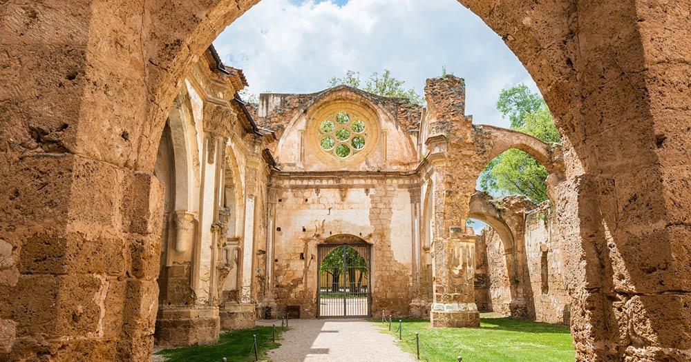 Saragossa - Eingang  Monastery of Piedra